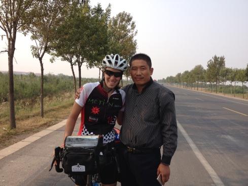 Un gars qui m'a arrêté au milieu de nulle part pour une photo. Je suis populaire en Chine :)