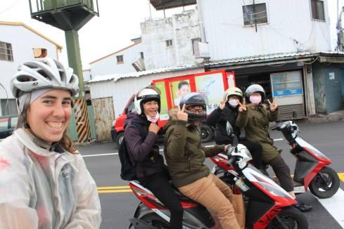 Des fans en scooter à Taitung